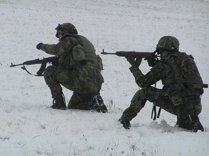Чешская армия приняла решение об отказе от автоматов Калашникова