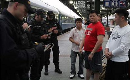 Чешская полиция проверяет документы иностранцев на вокзале в Праге