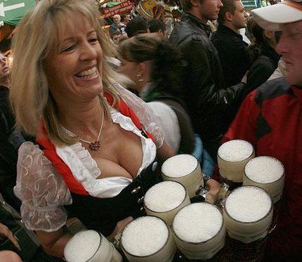В этом году каждая литровая кружка пива стоит почти 9 евро